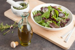 How to Make Thyme Oil