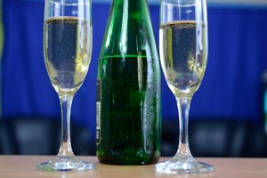 How to Hold a Champagne Flute