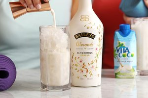 El nuevo Baileys de leche de almendra es apto para veganos