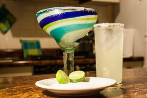 How to Make Margaritas Using Margarita Mix