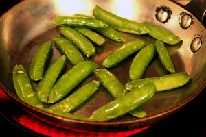How to Remove String From Sugar Snap Peas