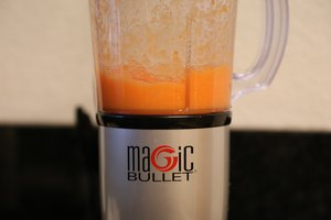 How to Juice Carrots With the Magic Bullet