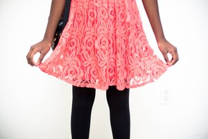 How to Keep Dresses From Clinging to Tights