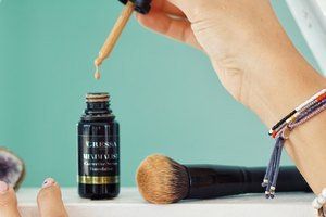 Beauty Brief: This Organic Foundation Doubles As A Serum