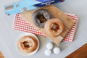 How to Convert a Muffin Pan Into a Doughnut Pan