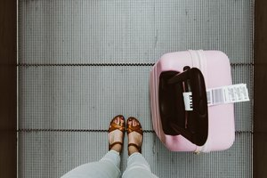 Traveling? Stay Healthy On The Fly With These 5 Tips