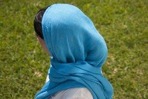 How to Drape a Punjabi Dupatta