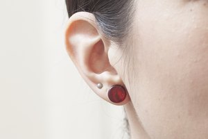 How Long Do You Keep Your Earrings in After Getting Your