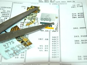 What Are the Pros & Cons to Debt Consolidation?