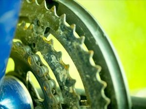 How to Find a Master Rivet on a Bike Chain