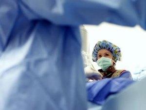 Role of the Scrub Nurse in Eye Surgery