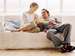 How to Buy a House Together Before Marriage