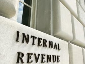 How do I Change a Mailing Address for an IRS Refund?