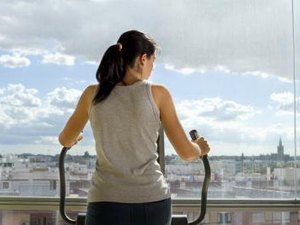 Is High-Resistance on an Elliptical Good for Upper Body Muscles?