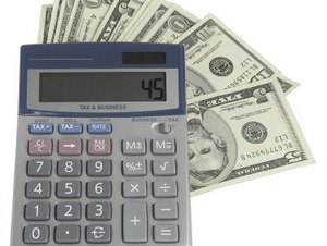 How to Calculate the Income Payable Through an Annuity
