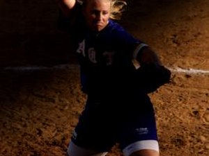 How to Improve Your Slow Pitch Softball Swing