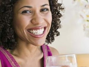 What Are the Benefits of Drinking 64 Ounces of Water Every Day?