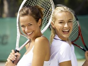 What Kind of Tennis Racket Should A Beginner Use?