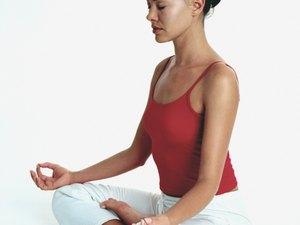 kundalini exercises before bed  woman