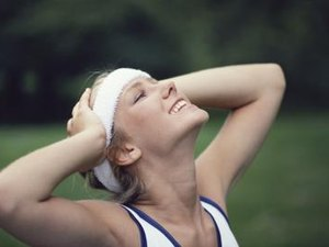 How to Keep Sweat Out of Your Eyes While Running