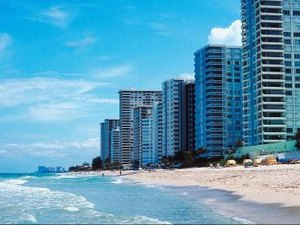 How to Go About Picking a Beach Condo for Income