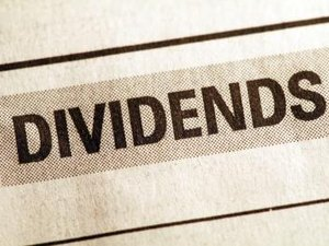 How to Calculate the Performance of a Stock That Has Dividends