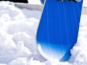How to Fix Your Snowboard if the Bindings Stripped