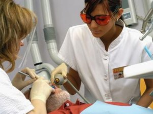 The Working Conditions of a Dental Assistant