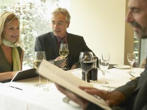 Business Etiquette for an RSVP for a Business Lunch