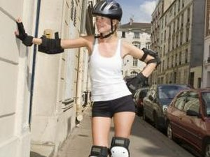 How to Protect Ankles While Rollerblading