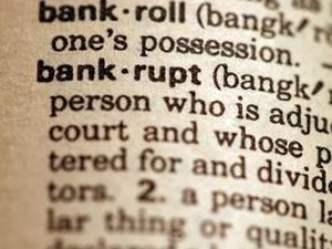 Can I Deduct a Stock Loss Due to a Bankruptcy?