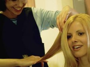 Qualifications for a Cosmetologist