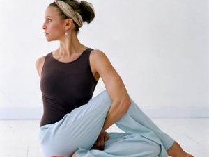 How to Stretch the Gluteus Medius