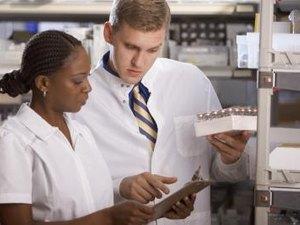 Lab Techs Vs. Nurses