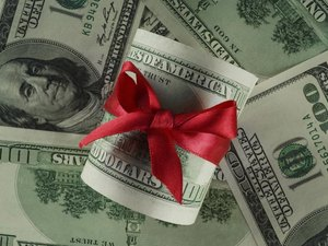 Do We Have to Pay Federal Income Tax When We Give Gifts to Relatives?