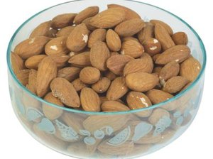 The Benefit of Eating 20 Almonds a Day