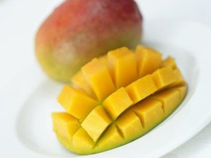 Is It Healthy to Eat Mangoes?