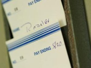 What Deductions from a Paycheck Are Reasonable for a Worker to Expect?