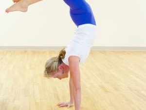 Building Handstand Push Up Strength