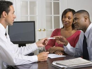 How Much Tax Should I Withhold From a Beneficiary Life Insurance Check?