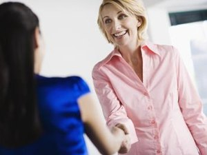Basic Steps on How to Conduct an Interview