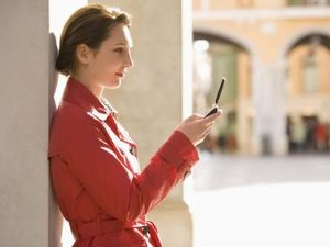 The Disadvantages of Internet Messaging in the Workplace