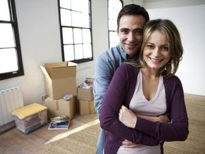 Pros & Cons of Leasing to Purchase a Home
