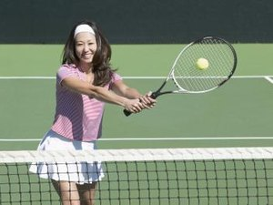 How to Hold a Tennis Racket and Basic Hits