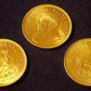 How to Determine Which Gold Coin Is the Best to Buy
