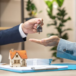 How Much Is Renters Insurance? 5 Companies Compared