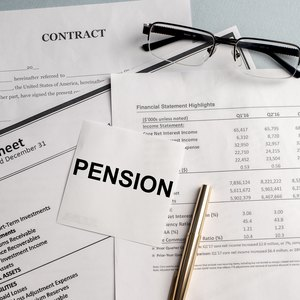 Can Non-Qualified Pension Plans Be Rolled Over?