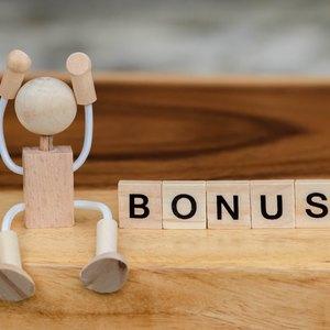 Do I Have to Pay Taxes on My Bonus?