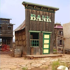 How to Cash a Savings Bond at a Local Bank