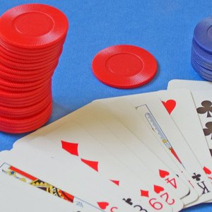 How to Invest in an Online Casino